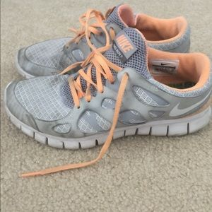 Nike free run 2 sneakers